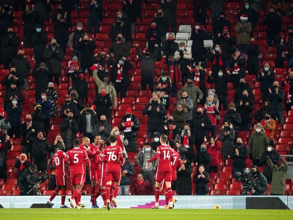 Liverpool players during the match against Wolves. (Photo/ Georginio Wijnaldum Twitter)