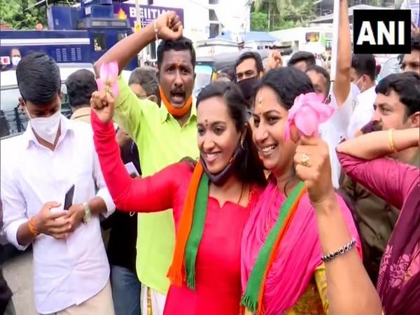 BJP workers celebrate in Thiruvananthapuram. (Photo/ANI)