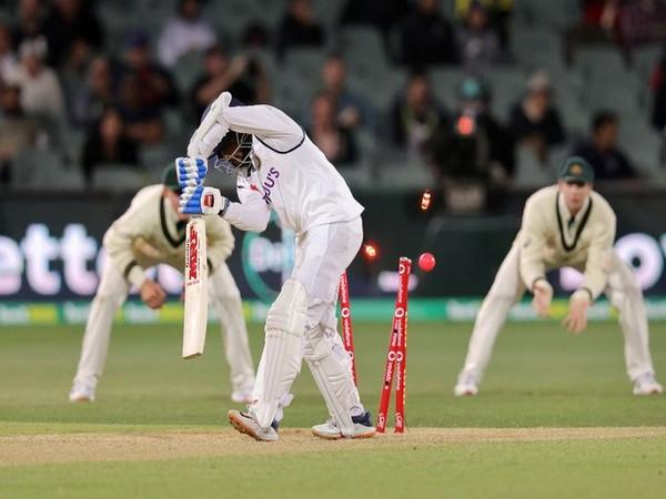 Prithvi Shaw bowled by Pat Cummins (Photo/ cricket,com,au Twitter)