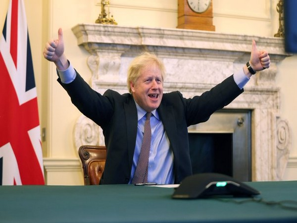 'The deal is done' wrote UK PM Boris johnson on Twitter along with his photo.