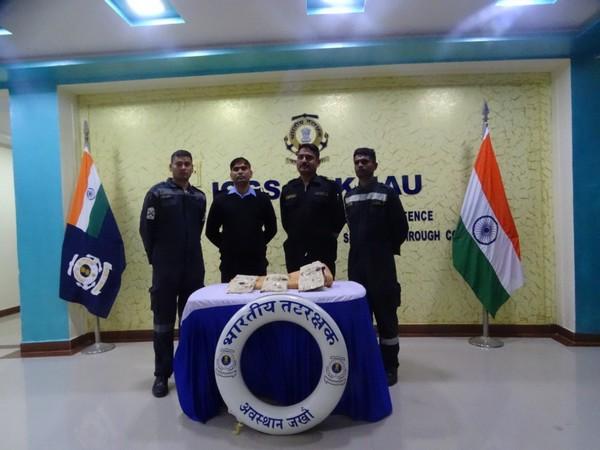 Indian Coast Guard recover narcotics off Jakhau, yesterday (Photo/ANI)