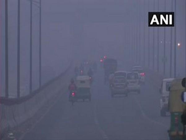 Parts of Delhi witnessed fog on Thursday morning (Photo/ANI)