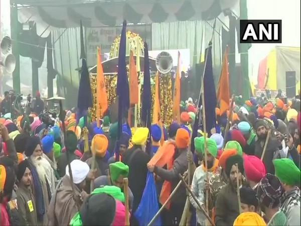 Nagar kirtan held at Singhu border on Friday (Photo/ANI)