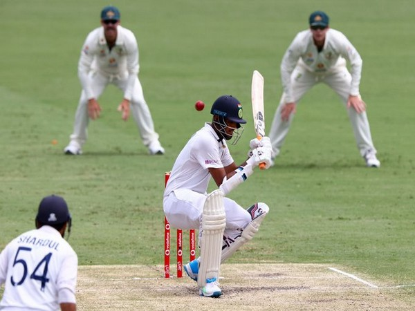 Sundar and Thakur in action against Australia. (Photo/ ICC Twitter)