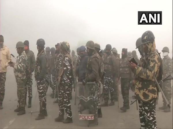 Heavy police presence continues at Singhu border (Delhi-Haryana border)