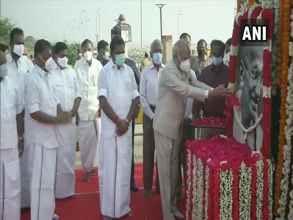 Governor of Tamil Nadu pays floral tributes to Mahatma Gandhi at Marina Beach