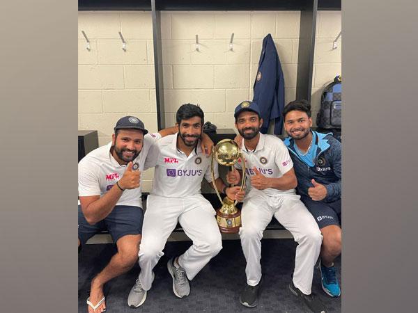 Pant with Bumrah, Rahane and Rohit Sharma (Photo/ Jasprit Bumrah Twitter)