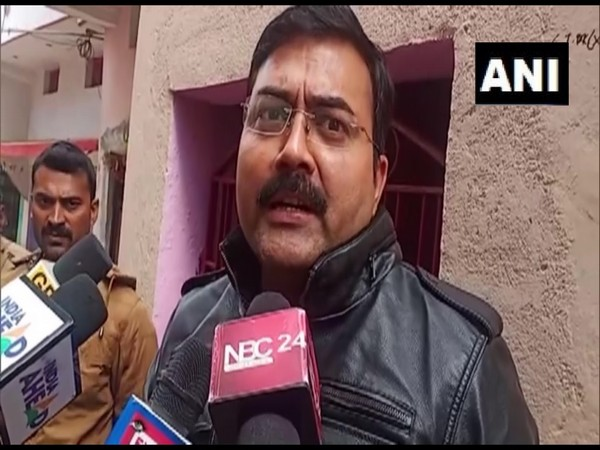 Mukesh Verma, Police Station Incharge of the Jakkanpur Police Station. (Photo/ANI)