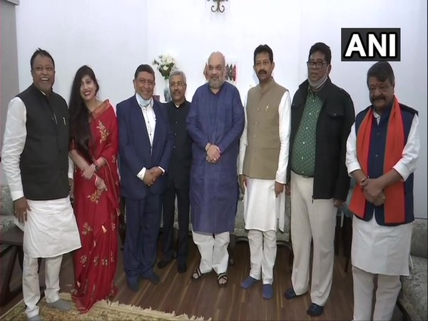 Former TMC leaders join BJP at Amit Shah's residence on Saturday (Photo/ANI)