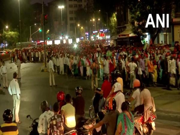 Nashik farmers reaching Azad Maidan in Mumbai [Photo/ANI]