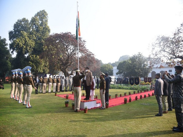 Union Minister Nitin Gadkari unfurling the National Flag on Republic Day at his residence