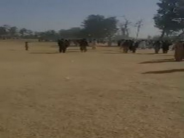 Thousands of Pashtuns poured to streets in Kandahar forcing many families out of their private houses in the Firqa area. (ANI)