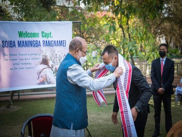 Manipur Chief Minister N. Biren Singh felicitates Captain Soiba Maningba Rangnamei of 16 Bihar Regiment in Imphal on Tuesday.