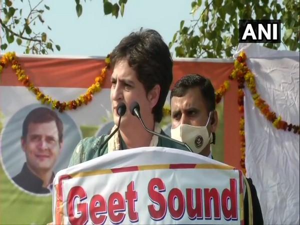 Congress General Secretary Priyanka Ganghi Vadra addressing a rally in Bijnor, Uttar Pradesh on Monday. (Photo/ANI)