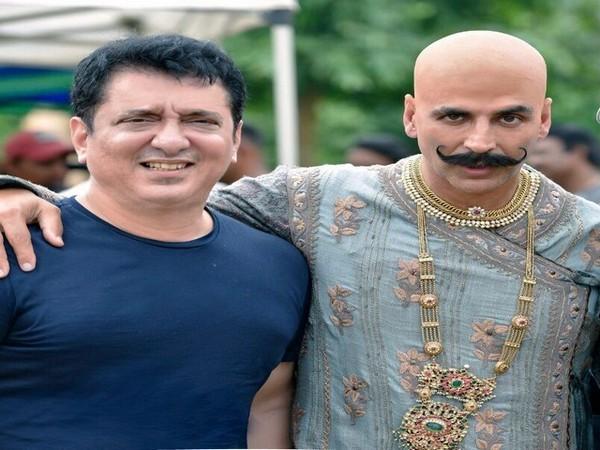 Sajid Nadiadwala and Akshay Kumar (Image courtesy: Twitter)