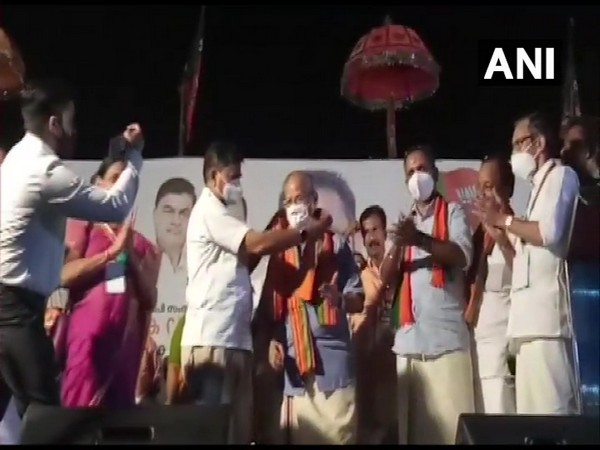 'Metro Man' E Sreedharan formally joined BJP. (Photo/ANI)