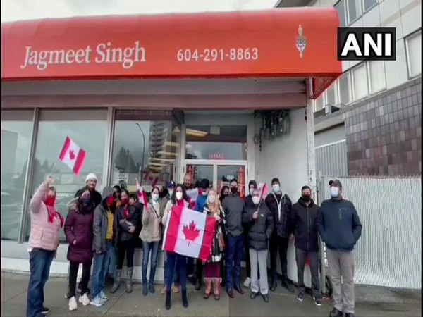 The Canadians of Indian origins protested on Thursday (local time) against the attacks by Khalistan supporters on Hindu minorities due to the ongoing farmers' protest in India.