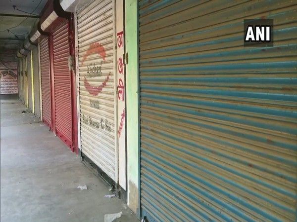 Shops in West Bengal's Birbhum remained closed after Confederation of All India Traders called for a nationwide strike (Photo/ANI)