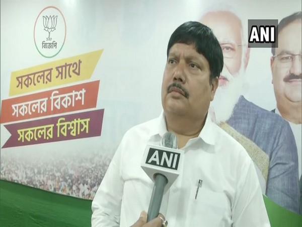 West Bengal BJP Vice President Arjun Singh speaks to ANI in Kolkata. [Photo/ANI]