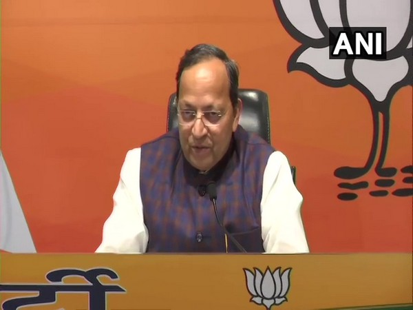 BJP General Secretary Arun Singh addresses a press conference in New Delhi on Saturday. [Photo/ANI]