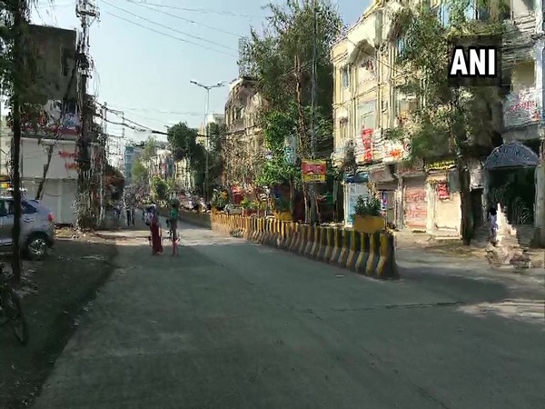 Indore bears a deserted look during complete lockdown imposed on Sunday due to rising COVID cases. [File Photo]