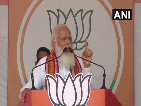 Prime Minister Narendra Modi addressing a public rally in Kharagpur on Saturday. [Photo/ANI]