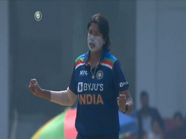 Jhulan Goswami in action against South Africa (Photo/ BCCI Women Twitter)