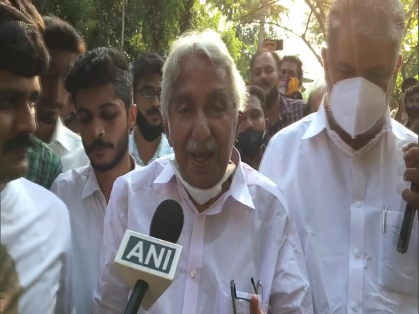 Former Kerala Chief Minister Oommen Chandy (Photo/ANI)
