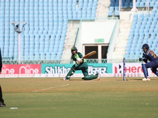 Action from the fifth ODI between India and South Africa (Photo/ ICC Twitter)