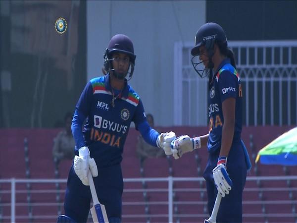 Mithali Raj and Harmanpreet Kaur (Photo/ BCCI Women Twitter)