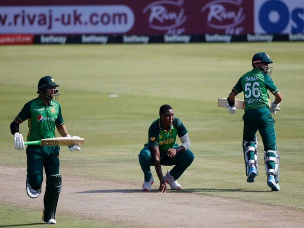 Imam and Babar in action against South Africa (Photo/ ICC Twitter)