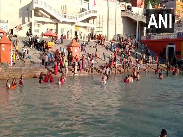 Visuals from ar Ki Pauri ghat (Photo/ANI)