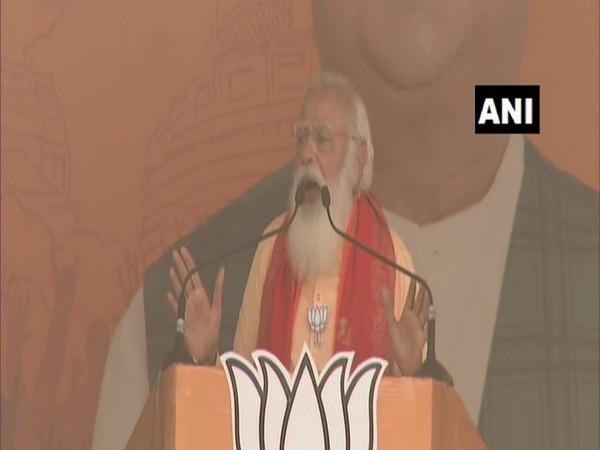 Prime Minister Narendra Modi in Uluberia (Photo/ANI)