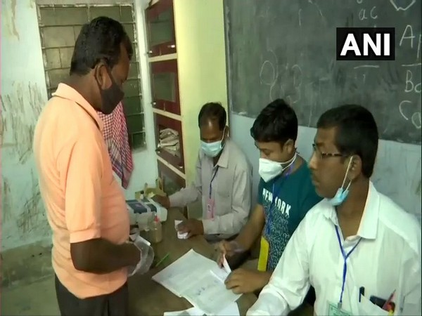 Visuals from polling booths in West Bengal (Photo/ANI)