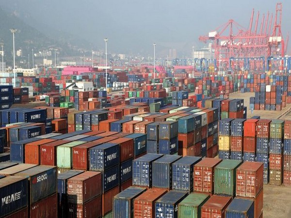 Exports of engineering goods increased by 18 pc cent to $254 million during Sep 1 to 7
