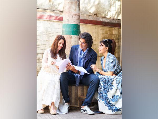 Nushrratt Bharuccha, Akshay Kumar and Jacqueline Fernandez on 'Ram Setu' sets (Image Source: Instagram)