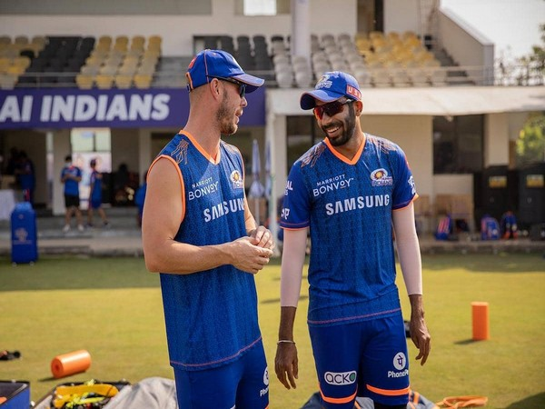 Jasprit Bumrah (right) with Chris Lynn (Photo/ Jasprit Bumrah twitter)