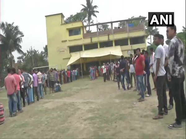Visual from polling station in Kulberia Dharmatala F.P. School, Bhangar, South 24 Parganas (Photo/ANI)