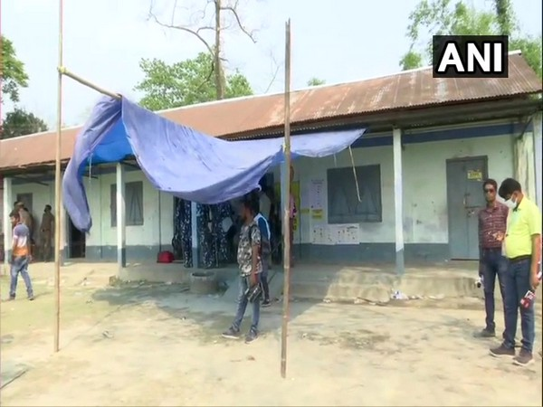 Polling station number 126 of Sitalkuchi Assembly Constituency after firing incident (Photo/ANI)