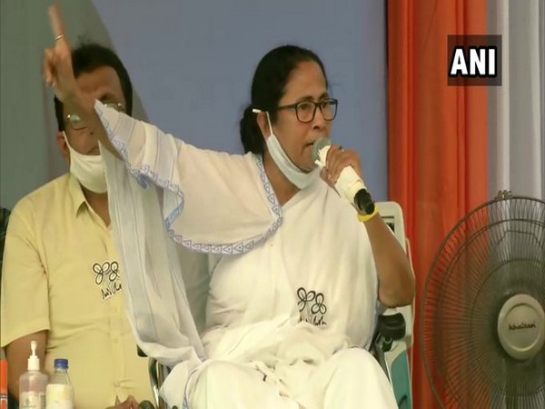 West Bengal Chief Minister Mamata Banerjee in a public rally at Dum Dum on monday. (Photo/ANI)