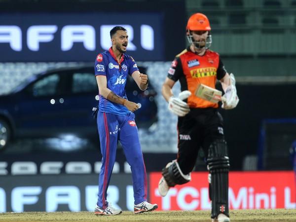 Delhi Capitals' Axar Patel in action (Photo/ IPL Twitter)