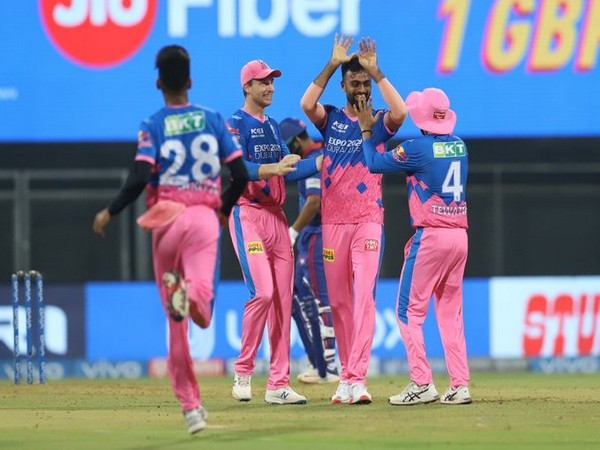 Rajasthan Royals in action against Delhi Capitals (Photo/ IPL Twitter)