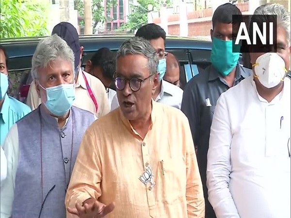 BJP leader Swapan Dasgupta speaking to media on Friday. (Photo/ANI)