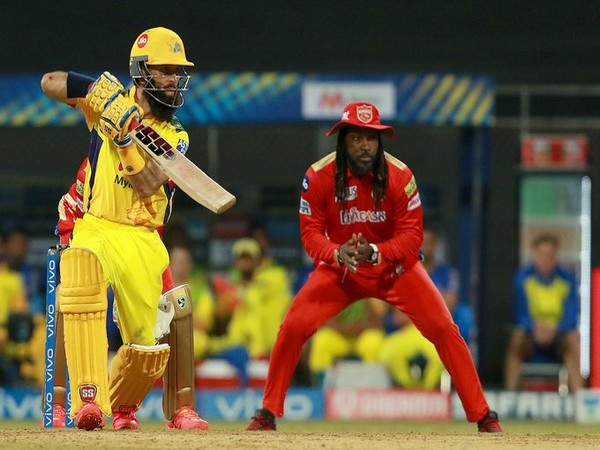 CSK batsman Moeen Ali in action against Punjab Kings (Photo/ IPL Twitter)