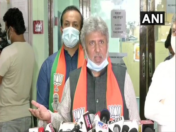 BJP leader Shishir Bajoria in Kolkata (Photo/ANI)