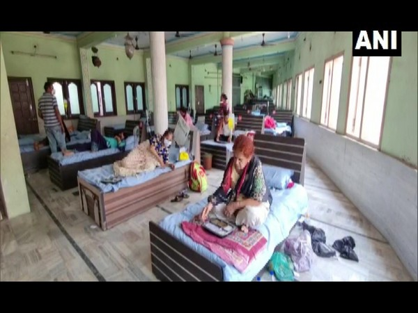 Patients at the Jahangirpura Mosque. (Photo/ANI)