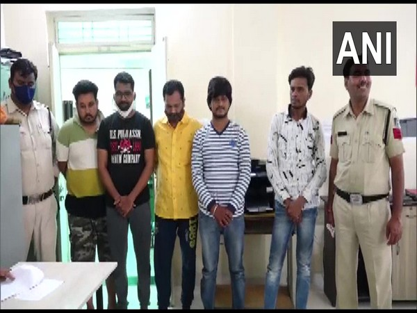 The police with the 5 accused (Photo/ANI)
