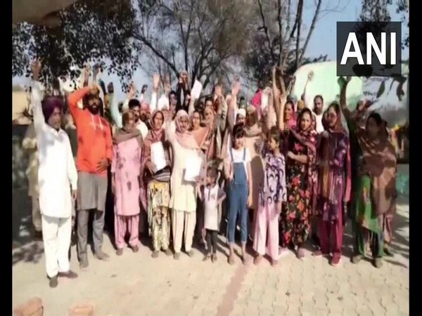Residents of Virk Khurd gram panchayat in Punjab's Bathinda. (Photo/ANI)