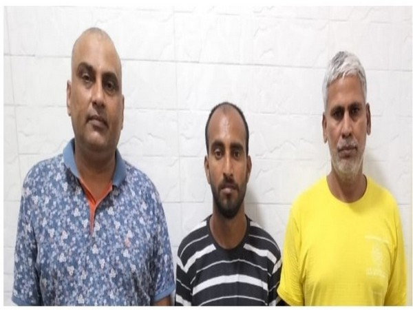 Three accused arrested by Economic Offences Wing, Delhi Police (Photo:Twitter/Economic Offences Wing,Delhi)