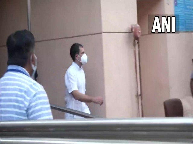 Rahul Gandhi leaves from AIIMS after meeting Dr Manmohan Singh in Delhi on Thursday. [Photo/ANI]